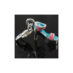 Fémmedál kapoccsal, szandál, 9x33x12mm, türkiz-rózsaszín, 5db/csomag